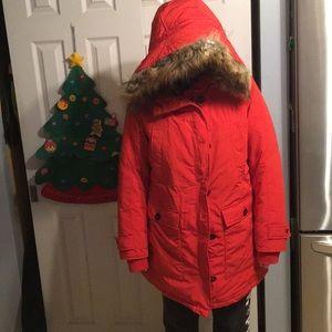 Super Warm Down Parka in Brilliant Red Size M